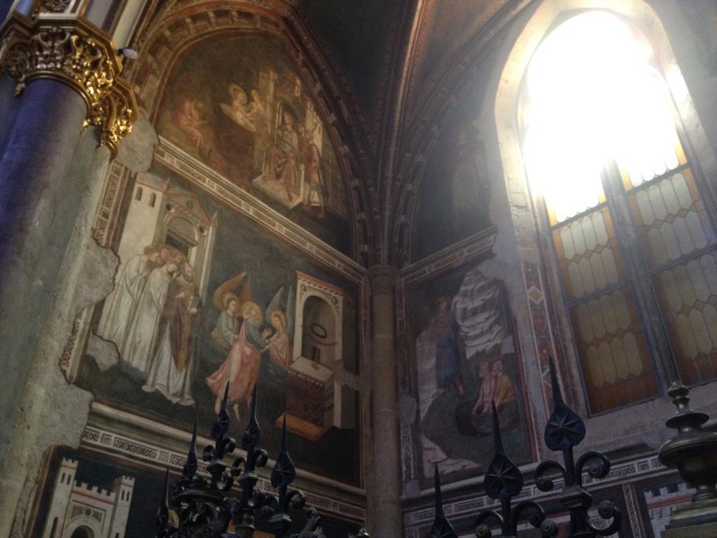 San Domenico Affreschi di scuola giottesca